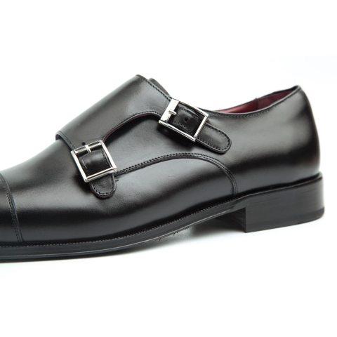 Zapatos de dos hebillas negros para hombre hechos a mano en España por Beatnik