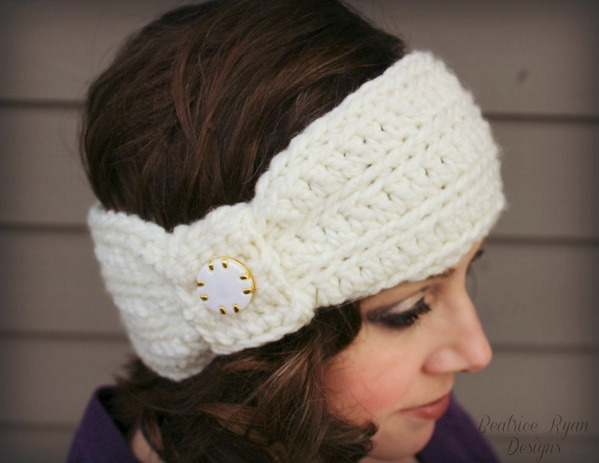 Wintertide Headband Free Crochet Pattern