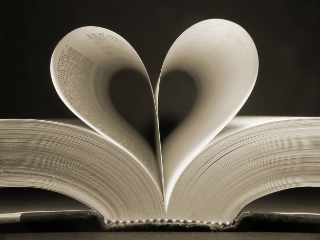 Love-book-Fotolia-CIA-1024x768