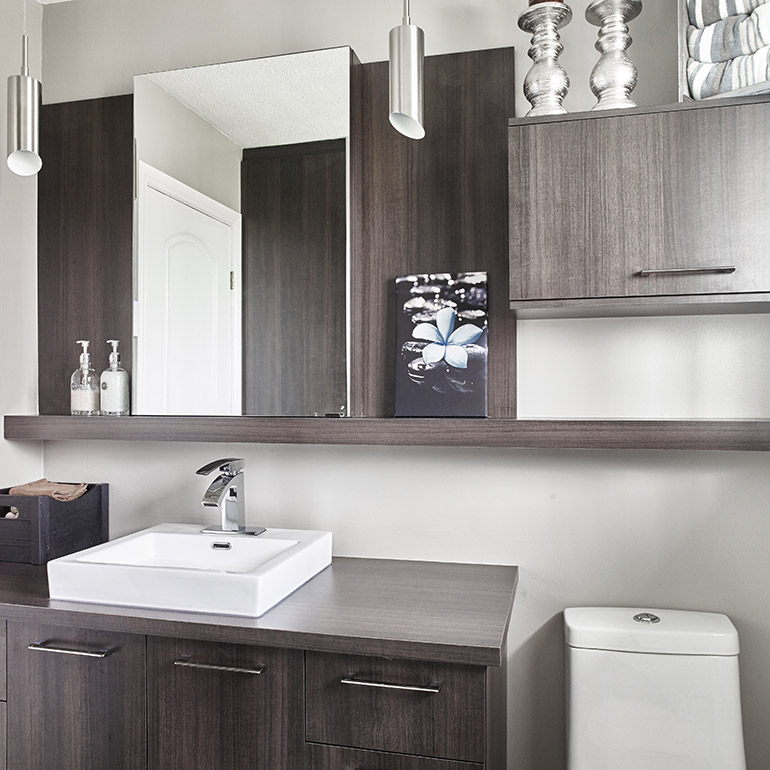 cuisines beauregard salle de bain style contemporain avec tablette decorative