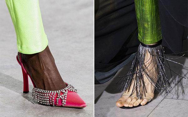 Παπούτσια διακοσμημένα με κρόσσια από στρας