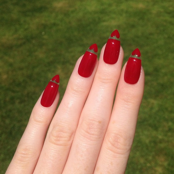 Floating Heart Red Sti Nails