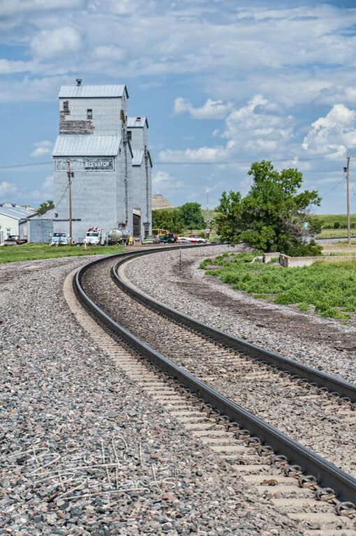 Sentinel Butte rail road grain elevator