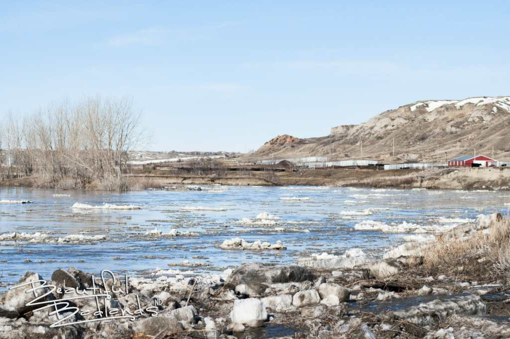 ice chunks little missouri river