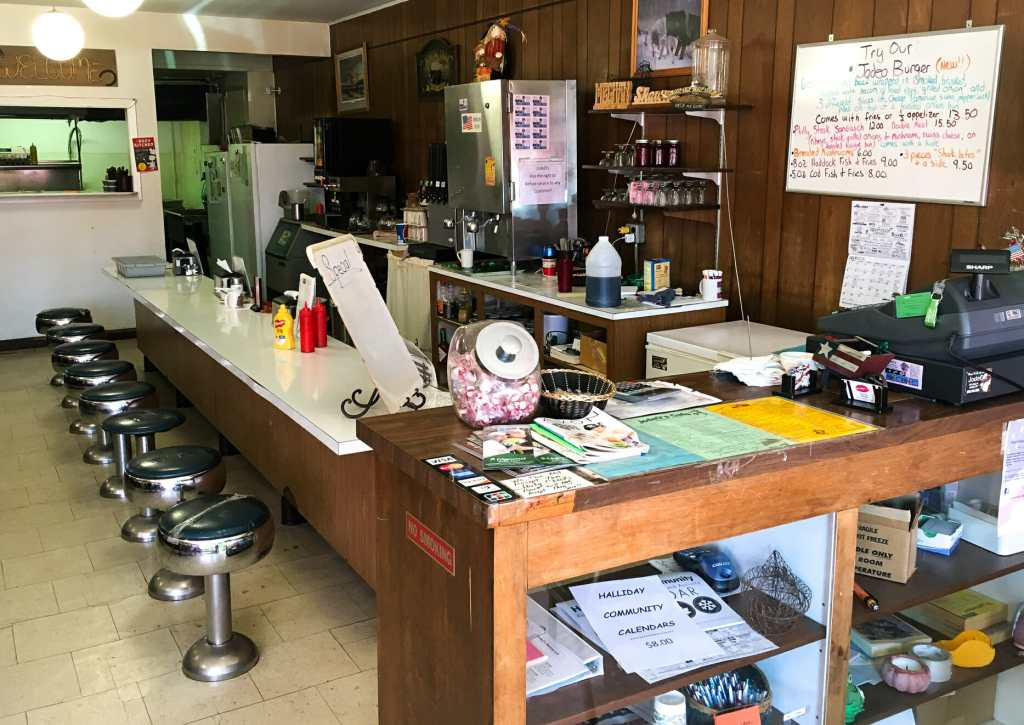 There's an old-fashioned quaintness to Jodeo's Cafe which make one feel welcomed.