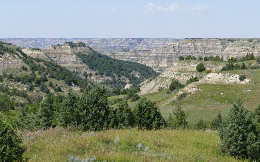 5 smart hot weather alterations for Badlands explorations (and 7 tips)