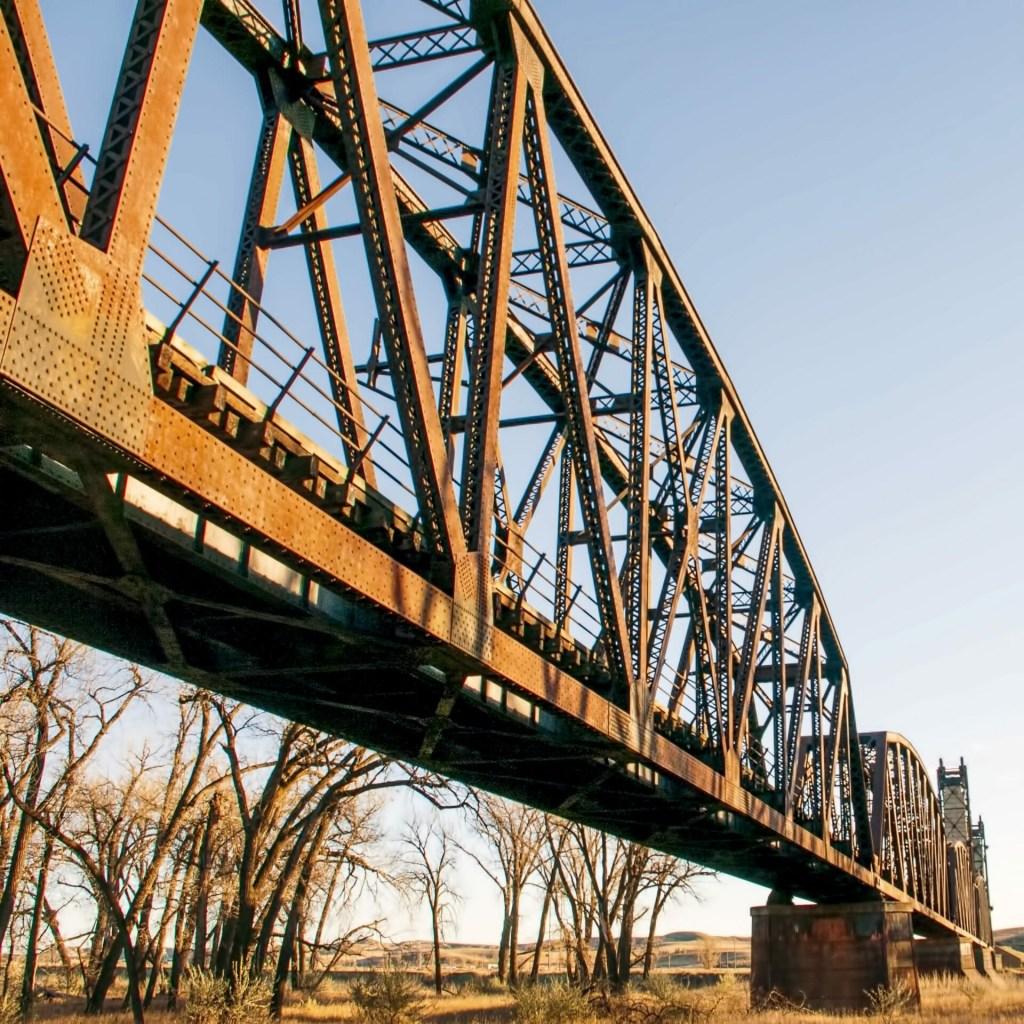 iron work, golden hour, snowden lift bridge