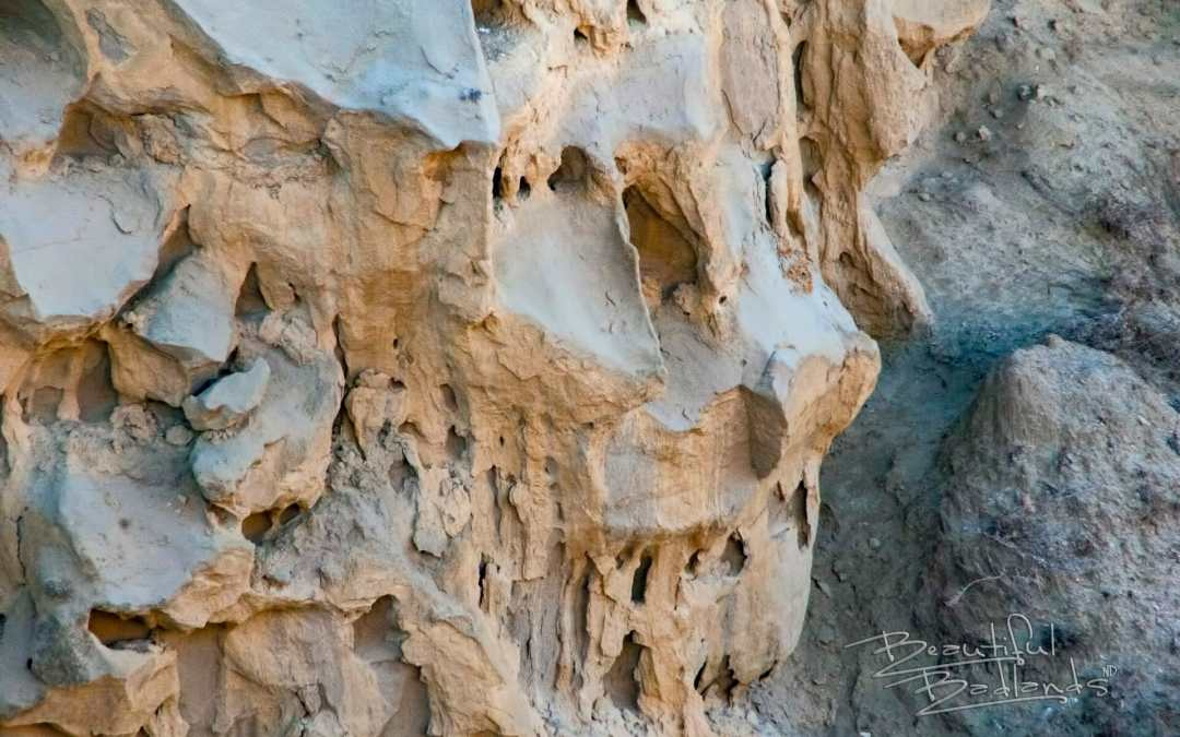 No One Knows this Mystery of the Rock Faces at Wind Canyon