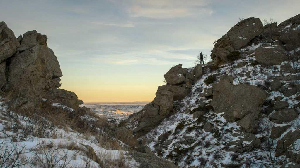 A Winter Scramble Up Square Butte, North Dakota Badlands