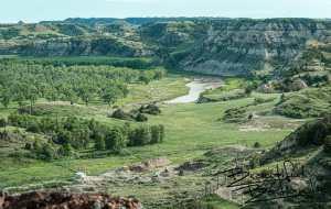 Little Missouri River, South of Medora, North Dakota