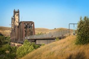 Fairview lift bridge a healthy walk