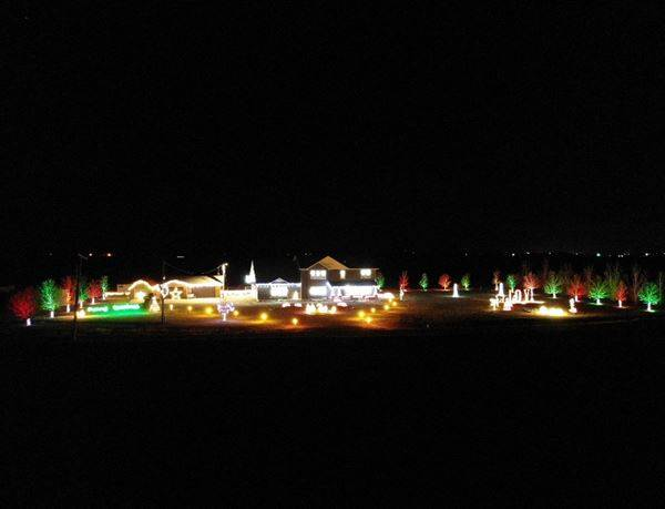 Christmas Light Displays in Sidney and Fairview, Montana are plentiful!  For more information go here: https://www.facebook.com/SidneyMTChamber