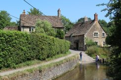 Bide Brook, Lacock