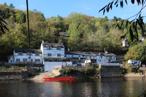 Ye Old Ferrie Inn, Symonds Yat West