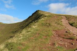 From Path to Corn Du and Pen y Fan, Brecon Beacons