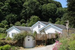 Readymoney Cottage, home of Daphne du Maurier 1942-1943, Readymoney Cove, Fowey