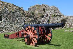 The Pevensey Gun, Inner Bailey, Pevensey Castle, Pevensey