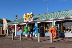 Gift Hut, Harbour Park, Littlehampton