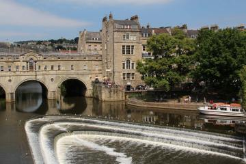 Pulteney Bridge and Weir, River Avon, Bath
