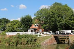 Caen Hill Cafe, Kennet and Avon Canal, Devizes