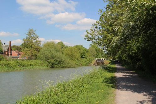 Towpath, Kennet and Avon Canal, Devizes