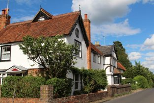 Anchor Cottage and Pilgrim's Garth, Shere