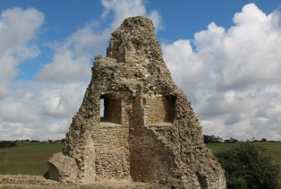 North-east Tower, Hadleigh Castle, Hadleigh