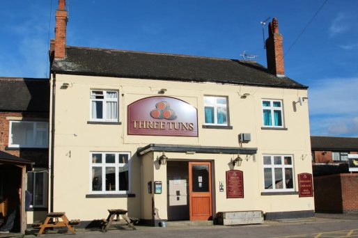 "Three Tuns, ""the Moon and Stars"" pub, Eastwood"