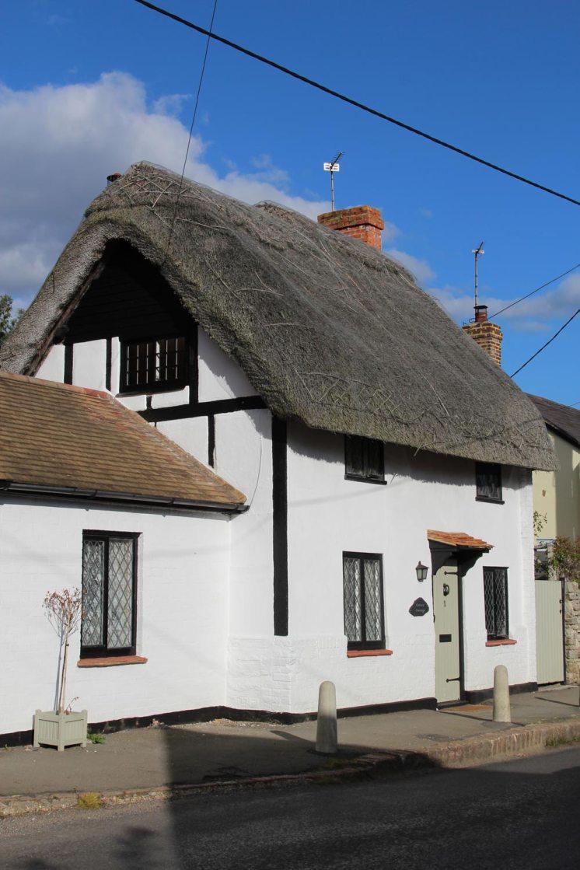 Corner Cottage, Quainton