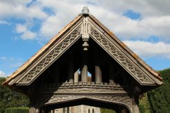 Lychgate, to the memory of Violet Constance Noble, St. Nicholas Church, Remenham
