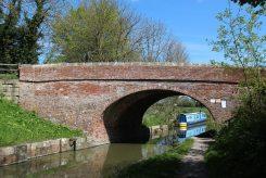 Kennet and Avon Canal, Pewsey Bridge No. 114, Pewsey Wharf