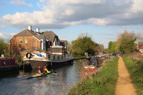 Devizes to Westminster International Canoe Race 2014, Kennet and Avon Canal, near Aldermaston Wharf