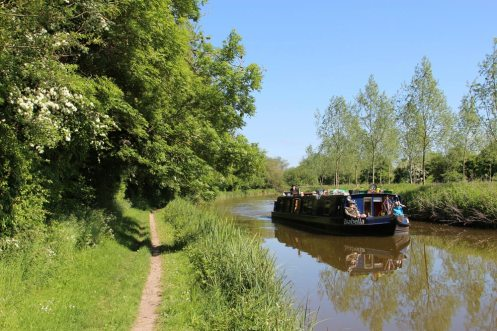 Isabella Hotel Boat, between Wire Lock and Brunsden Railway Bridge, Kennet and Avon Canal