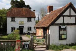 Tea Room and Visitors' Centre, Kennet and Avon Canal, Aldermaston Wharf