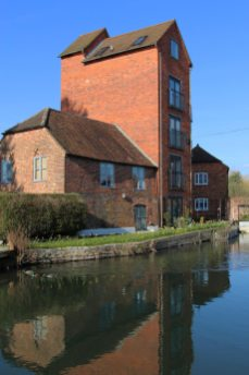 The Granary, West Mills Wharf, Kennet and Avon Canal, Newbury