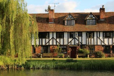 The Malthouse Cottages, Kennet and Avon Canal, Aldermaston Wharf