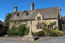 Village Cross and Cross Cottage, Stanton