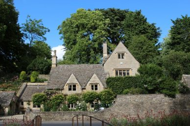 Bridge House, Bibury