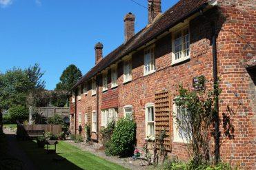 Douglas Court, Lenham