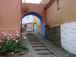 Archway between Lady's Lodge and The Round House, Portmeirion