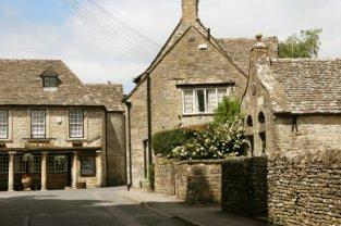 Bear Inn and the Lock-Up, Bisley
