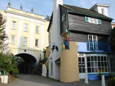 Bridge House and The Toll House, Portmeirion