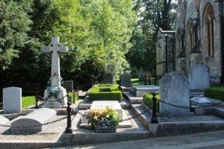 Churchill Family Graves, St. Martin's Churchyard, Bladon