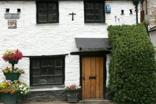 Cobbler's Cottage, Fore Street, West Looe, Looe