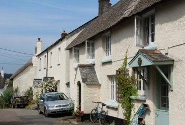 Cottages, Drewsteignton
