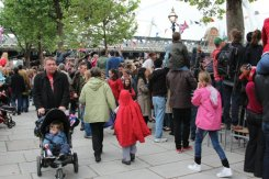 Hungerford Bridge, Queen's Diamond Jubilee, Thames Pageant