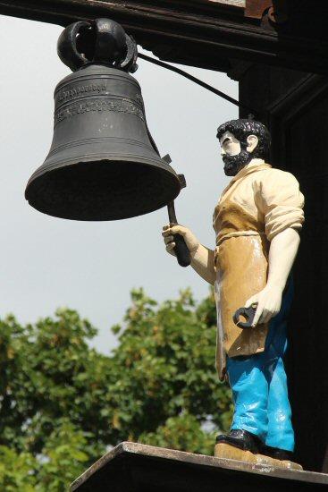 Jack the Blacksmith Clock, Abinger Hammer