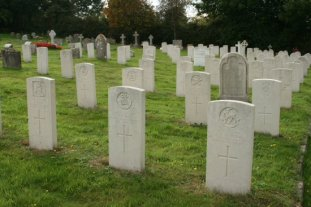 Military Graves, Holy Rood Churchyard, Wool