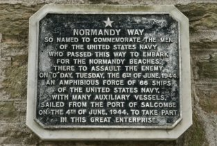 Plaque to commemorate the men of the United States Navy - Normandy Invasion 1944, Salcombe