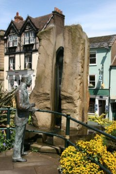Life-size bronze statue of Sir Edward Elgar, by Rose Garrard and Enigma Fountain, Great Malvern